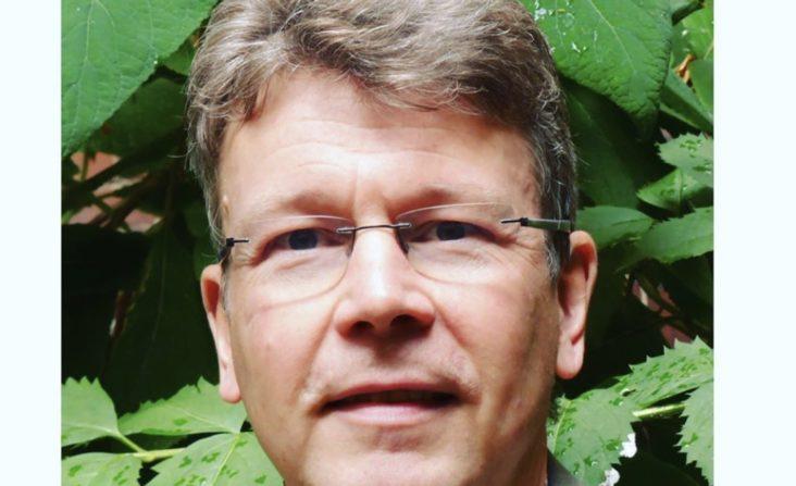 """Prof. Dr. Michael Utsch, Theologe und psychologischer Psychotherapeut, Leiter des DGPPN-Referats """"Religiosität und Spiritualität"""", Wissenschaftlicher Referent der Ev. Zentralstelle für Weltanschauungsfragen"""